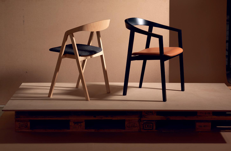 hordó alakú asztal székekkel gyártása